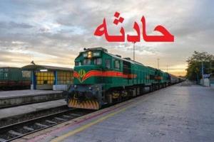 ۶ واگن از یک قطار باری در بلاک بیشه_قارون لرستان از خط