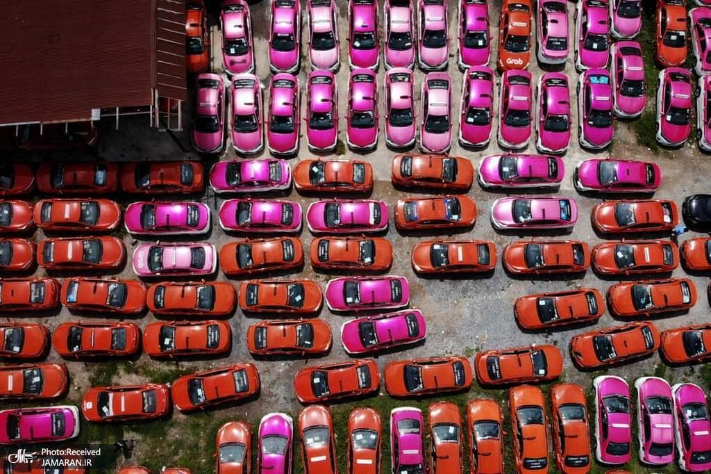 پارکینگ تاکسی ها در شهر بانکوک تایلند