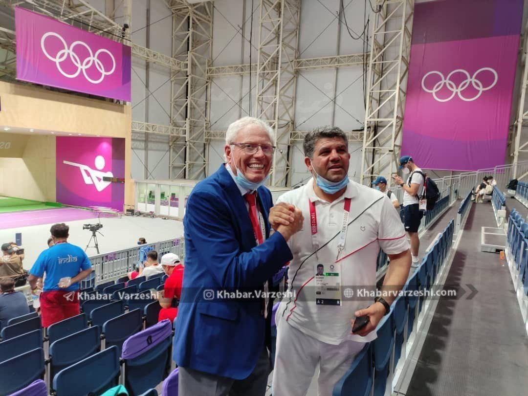 عکس/ تبریک رییس فدراسیون آمریکا پس از کسب مدال طلا توسط فروغی