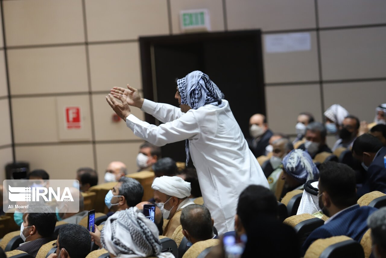 عکس/ فریاد مظلومیت خوزستان خطاب به جهانگیری