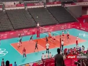 خوشحالی مسئولان برای پیروزی نخستین ست ایران مقابل لهستان