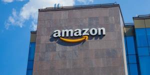 آمازون قلدری در بخش سرویسهای وب را بررسی میکند