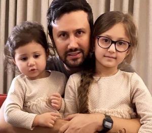 چهره ها/ عشق پدر و دختری شاهرخ استخری