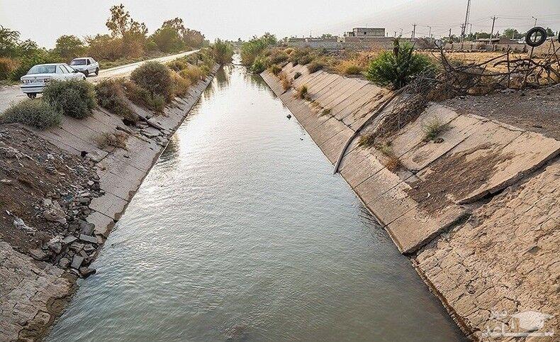 آب مزارع کشاورزی روستاهای پاییندست شادگان رهاسازی شد