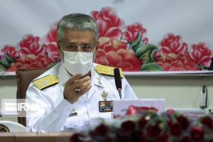 دریادار سیاری: نیروهای مسلح به هیچکس اجازه تعرض به تمامیت ارضی را نمیدهد
