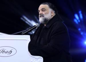 اجرای زنده علیرضا عصار از آهنگ