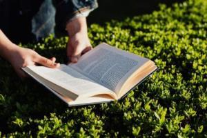 بیشتر مردم کتابهای کاغذی را ترجیح میدهند