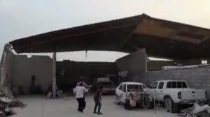 باد سقف کارگاه را با خود برد