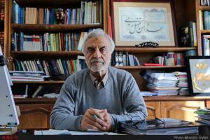 هاشمیطبا: نمیشود کشور را حیدری-نعمتی اداره کرد