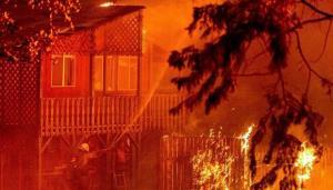 غرب آمریکا در آتش می سوزد؛ گسترش آتشسوزی بزرگ در کالیفرنیا