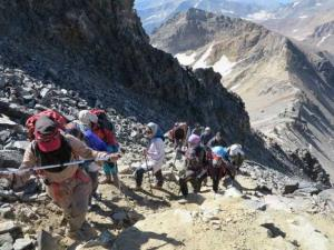 کرونا مجتمع کوهنوردی علم کوه و تخت سلیمان را تعطیل کرد