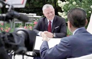 پادشاه اردن: اسد میماند