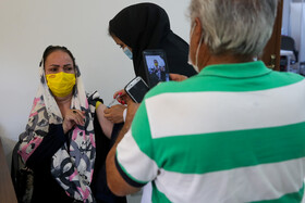 واکسيناسيون افراد ۵۵ سال به بالا در مشهد