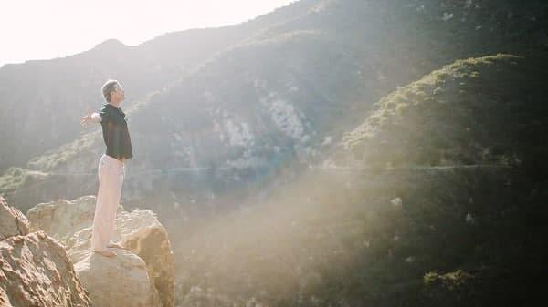 تنفس کنترل شده و اثر جادویی آن بر ذهن/ معرفی 4 تکنیک تنفسی برای تجربه آرامش