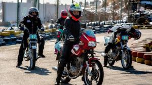 چراغ سبز به موتورسواری زنان