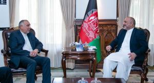 دیدار نماینده وزارت خارجه در امور افغانستان با حنیف اتمر در کابل
