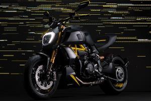 موتورسیکلت جذاب و شاهکار دوکاتی