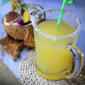 طرز تهیه نوشیدنی انرژی زا طبیعی و سالم به روش خانگی
