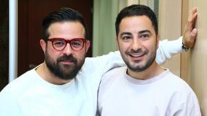 تصویری از هومن سیدی در کنار نوید محمدزاده و همسرش