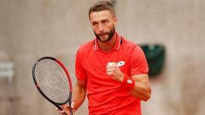 پیروزی برودی مقابل تنیسور لهستانی در المپیک ۲۰۲۰