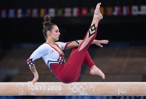 مخالفت با جاذبه جنسی در ورزش زنان