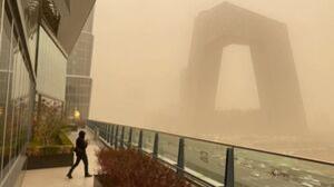 فیلمی از طوفان شن در چین