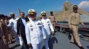 شناور پوتین در اختیار فرمانده نیروی دریایی ایران