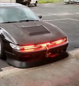 چراغهای عجیب یک خودروی ژاپنی