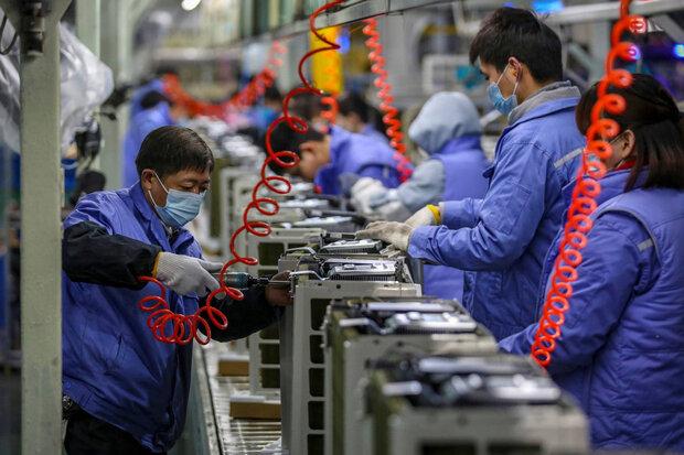 جهش ۶۷ درصدي سود صنعت چين در نيمه اول امسال