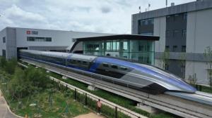 سریع ترین قطار گلوله ای جهان با سرعت ۶۰۰ کیلومتر بر ساعت