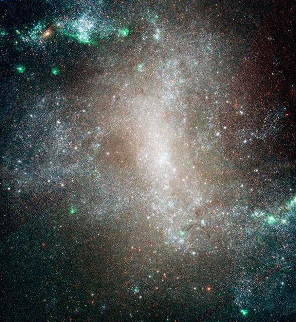 تصوير باشکوه يک کهکشان مارپيچي از نگاه دوربين هابل
