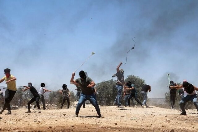 زخمي شدن چند فلسطيني در تيراندازي اشغالگران صهيونيستي در نابلس