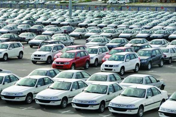 انباشت 140 هزار خودروي ناقص در پارکينگ خودروسازان