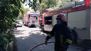 نجات 15 زن و مرد شیرازی محاصره در آتش