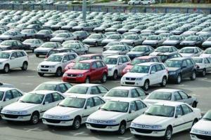 انباشت 140 هزار خودروی ناقص در پارکینگ خودروسازان
