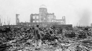 مانیفست راسل–اینشتین درباره گسترش سلاح هستهای