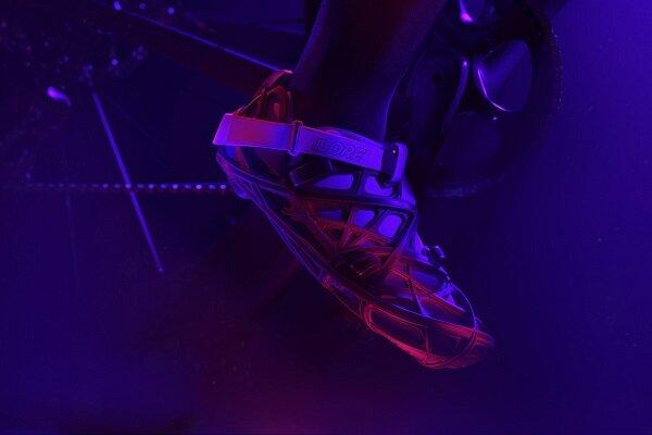کفش بازيافتي با فيبر کربن و چاپگر سه بعدي توليد شد
