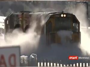 وقتی قطار برای اولین بار از مسیر برفی عبور می کنه!