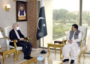 سنای پاکستان:تهران و اسلامآباد مواضع یکسان برای رفاه منطقه دارند