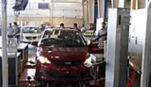 احتمال کاهش عرضه خودروهای مونتاژی ایران در پی کمبود جهانی تراشه
