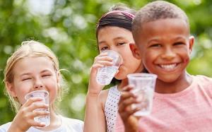 9 علت مهم تشنگی زیاد کودکان