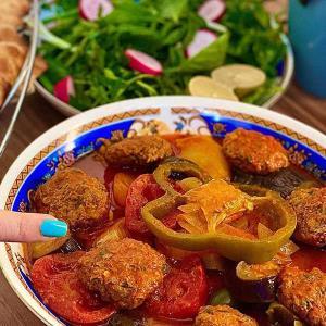 طرز تهیه یتیمچه تبریزی خوشمزه با سیب زمینی و گوشت