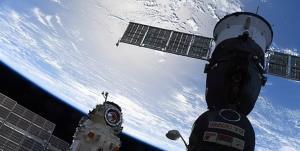ایستگاه فضایی بینالمللی برای لحظاتی از کنترل خارج شد/ حرکت ایستگاه فضایی پایدار شد