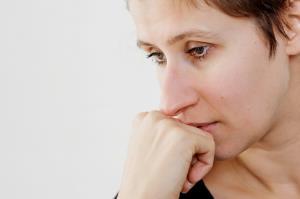 6 اشتباه در سبک زندگی که شما را مضطرب می کند