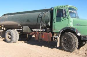 توقیف تریلی حامل ۲۵ هزار لیتر سوخت قاچاق در طبس