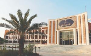قواره استاندار ویژه در اندازه مشکلات خوزستان باشد