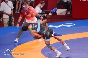 نایب قهرمان جهان مقابل ساروی زانو زد