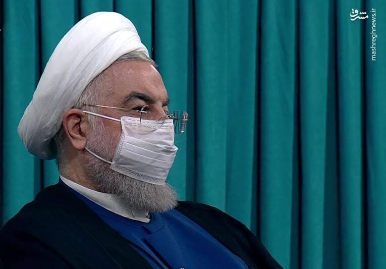عکس/ چهره روحانی هنگام ارائه گزارش رئیسی از وضعیت موجود