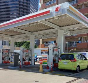 حاشیههای المپیک؛ در ژاپن بنزین لیتری چند؟