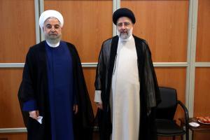 عکس دو نفره رئیسی و روحانی در آغاز به کار دولت جدید